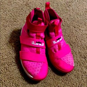 Pink Nike size 5youth